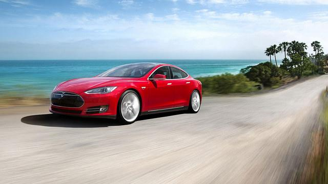 Tesla testing battery-swapping service