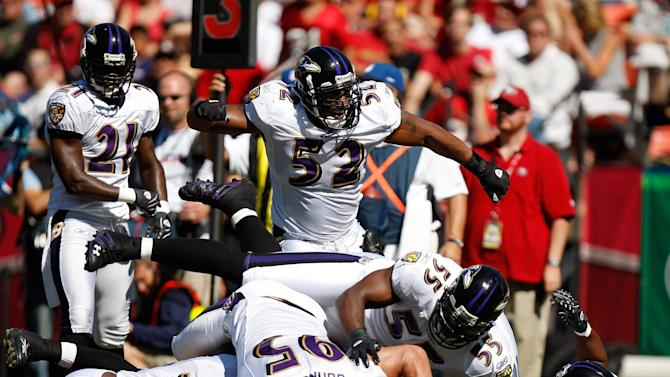 SAN FRANCISCO - OCTOBER 07: Inside linebacker Ray Lewis #52 of the Baltimore Ravens celebrates a defensive stop against the San Francisco 49ers at Monster Park on October 7, 2007 in San Francisco, California. Baltimore won the game 9-7. (Photo by Allen Kee/Getty Images)