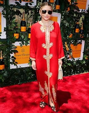 Write a Fashion Police Caption for Ashley Olsen