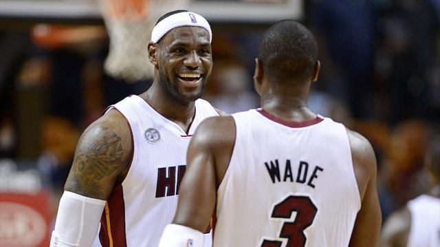 NBA - LeBron, Wade help Heat stay above Hawks