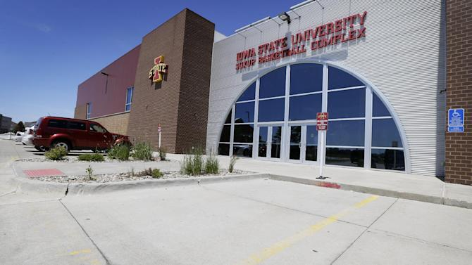 Iowa State basketball head coach Fred Hoiberg's parking spot sits empty at the school's practice facility, Monday, June 1, 2015, in Ames, Iowa. Hoiberg, who has been the coach at Iowa State for five seasons, has been linked to the opening with the NBA's Chicago Bulls. (AP Photo/Charlie Neibergall)