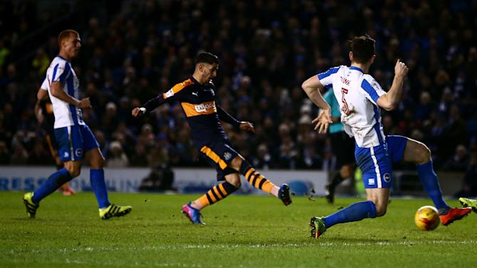 Brighton & Hove Albion 1-2 Newcastle: Late show sends Toon Army top