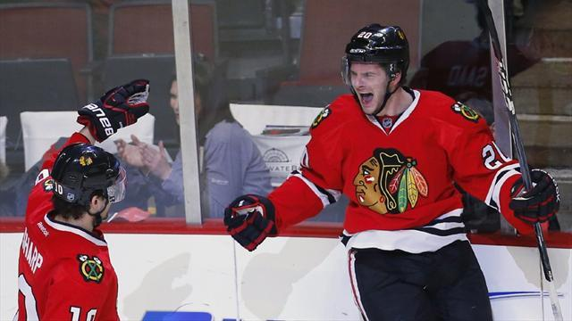 Ice Hockey - Blackhawks set record for best start to season