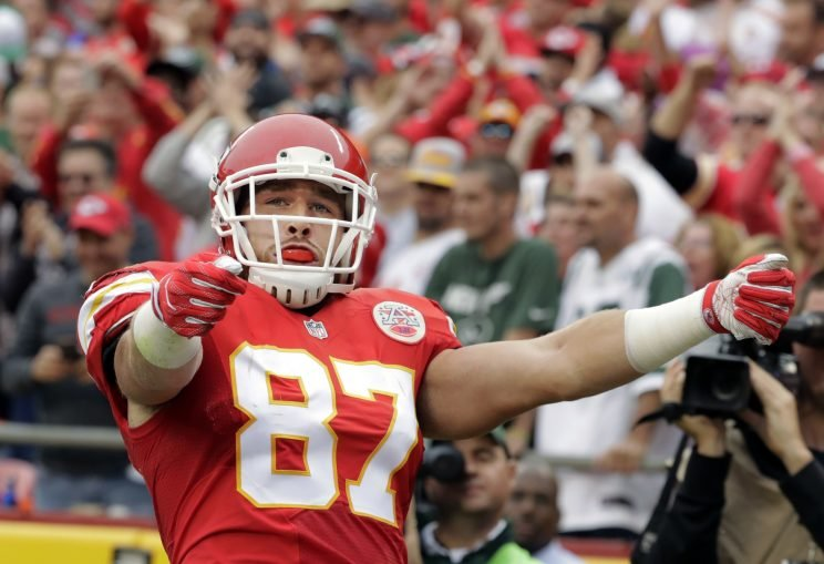 The Kansas City Chiefs use tight end Travis Kelce in many ways. (AP)