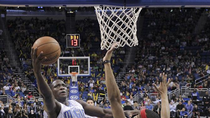 Nik Vucevic scores 21, Magic beat 76ers 105-94