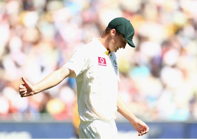 Jackson Bird of Australia acknowledges the crowd during day one of the Second Test match between Australia and Sri Lanka at Melbourne Cricket Ground on December 26, 2012 in Melbourne, Australia. (Robe