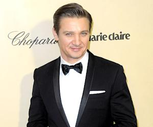 Jeremy Renner Is a Dad, Ex-Girlfriend Gives Birth to Daughter