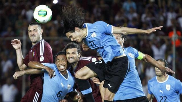 World Cup - Cavani goal gives Uruguay win in Venezuela