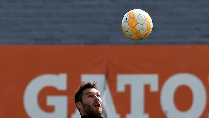 Gignac controls the ball during a training session in Buenos Aires