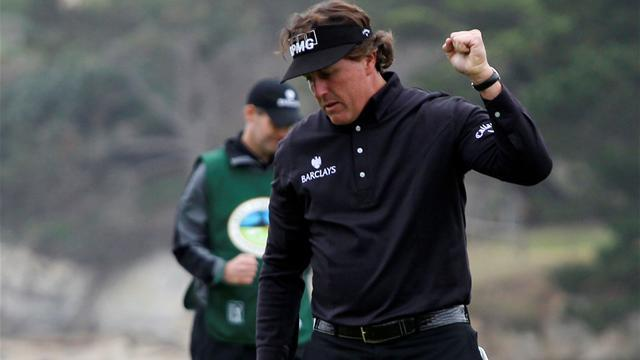 Golf - Mickelson commands spotlight at Pebble Beach