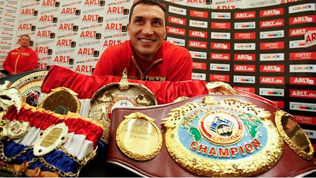 Boxing - Klitschko beats Povetkin on points to retain world titles