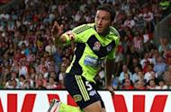 Mark Milligan returns as Melbourne Victory complete squad for 2012-13 season