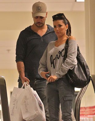 Eva Longoria Spotted Locking Lips With Eduardo Cruz
