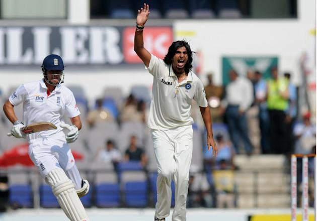 Ishant Sharma appeals unsuccessfully for the wicket of Alastair Cook on Day 4 of the fourth cricket Test between India and England at the   Jamtha Stadium in Nagpur, Sunday, December 16, 2012. (c) BCC