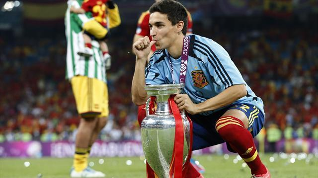 Liga - Jesus Navas excited by Manchester City link