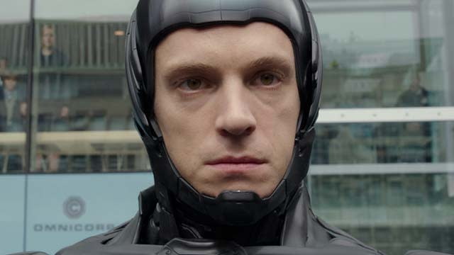'RoboCop' Featurette: Man and Machine Part 1