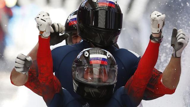 Bobsleigh - Zubkov completes double with four-man gold