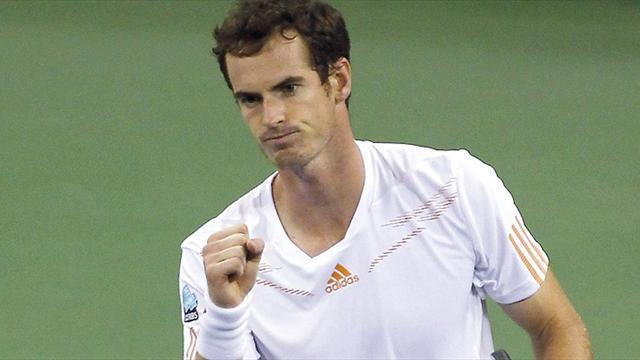 Paris Masters - Murray eases past Mathieu at Paris Masters