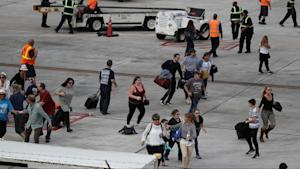 Shooting at Ft. Lauderdale Airport Leaves 5 Dead, 8 …