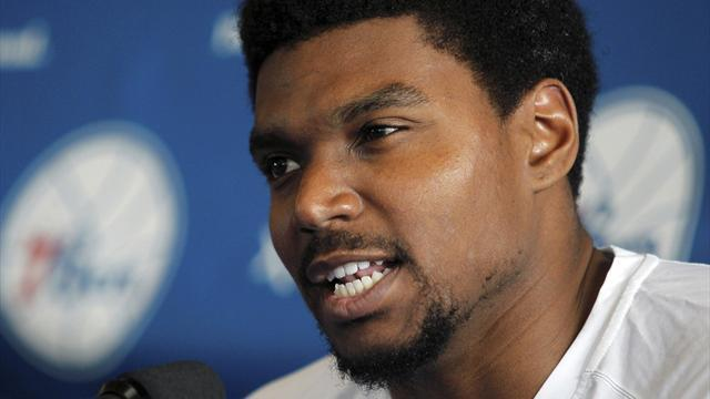 Basketball - Cavaliers sign Bynum