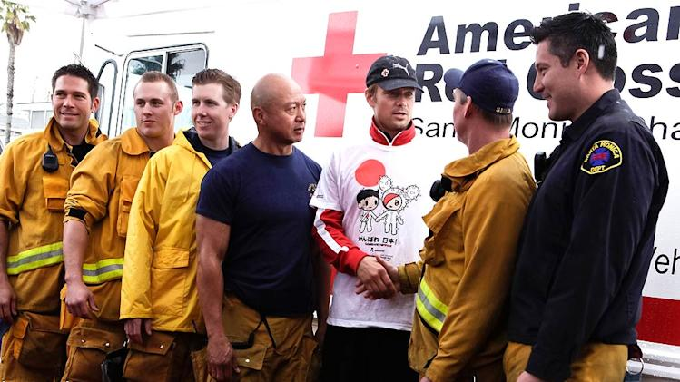Josh Duhamel Red Cross Run