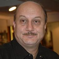 Anupam Kher's Autobiographical Play Completes 300 Shows