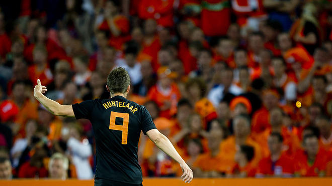 Netherlands' Klaas Jan Huntelaar Reacts  AFP/Getty Images