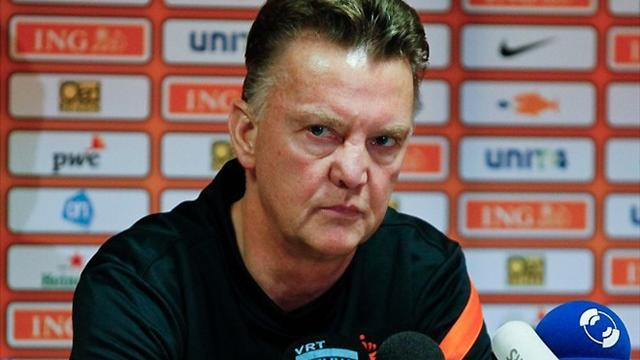 World Cup - Van Gaal to quit Netherlands in 2014 for Premier League
