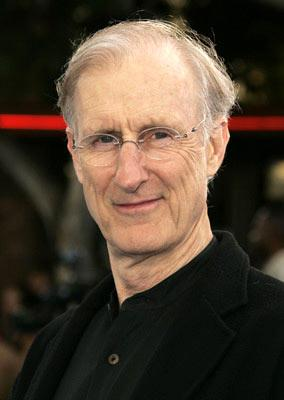 Premiere: James Cromwell at the Los Angeles premiere of Twentieth Century Fox's I, Robot - 7/7/2004
