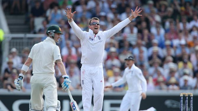 Cricket - Third Investec Ashes Test - Day One - England v Australia - Old Trafford