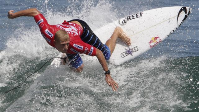 Surfing - Fanning dumped out in Australia