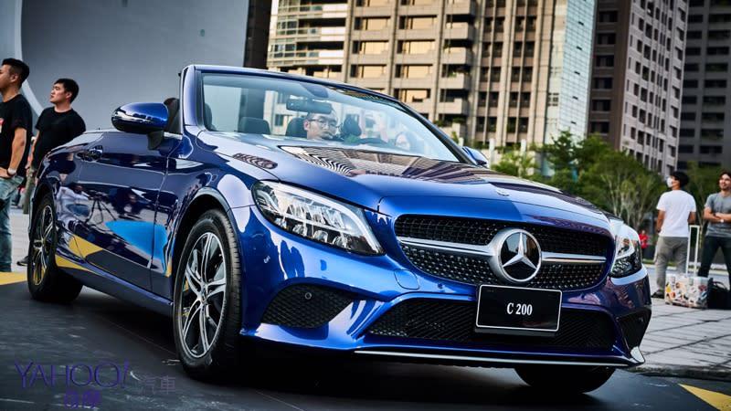 【新車圖輯】C咖家族全面進攻!Mercedes-Benz C-Class新增敞篷款、Sedan車型196萬元起!