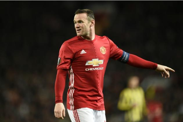 Manchester United's English striker Wayne Rooney upset with former team-mate Michael Owen for expressing support for Liverpool on Twitter