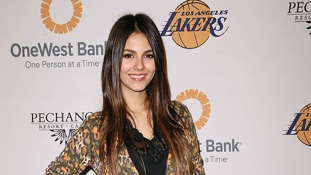 Victoria Justice Lakers Casino Night