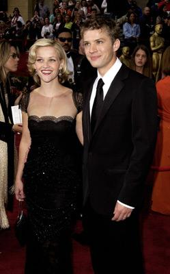 Reese Witherspoon and Ryan Phillippe 74th Academy Awards Hollywood, CA 3/24/2002