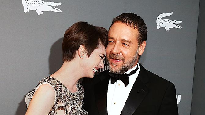 Anne Hathway, Russell Crowe