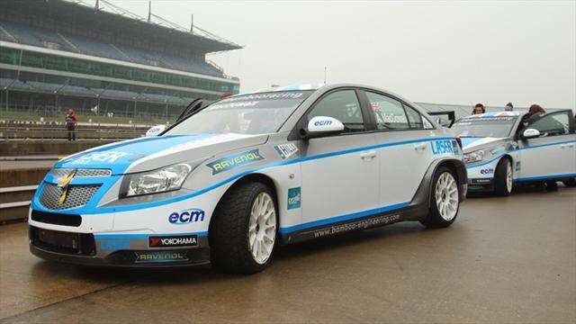 WTCC - MacDowall, Nash in wet Cruze outing