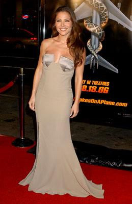 Elsa Pataky at the LA premiere of New Line Cinema's Snakes on a Plane
