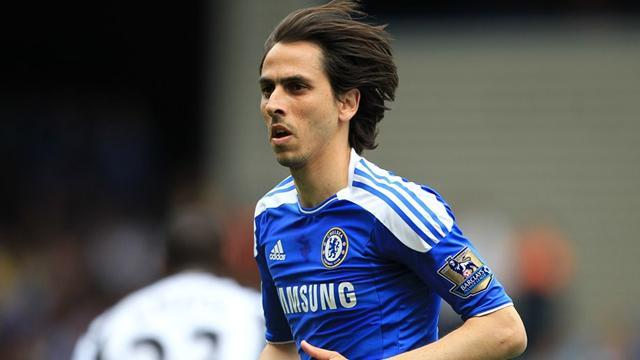 Benayoun back with West Ham
