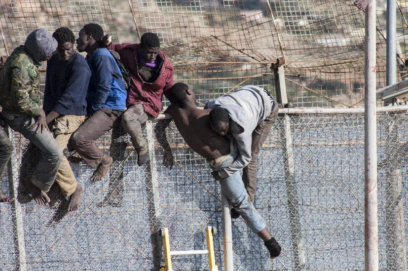 Crossing the fence: desperate migrants' paths to Europe