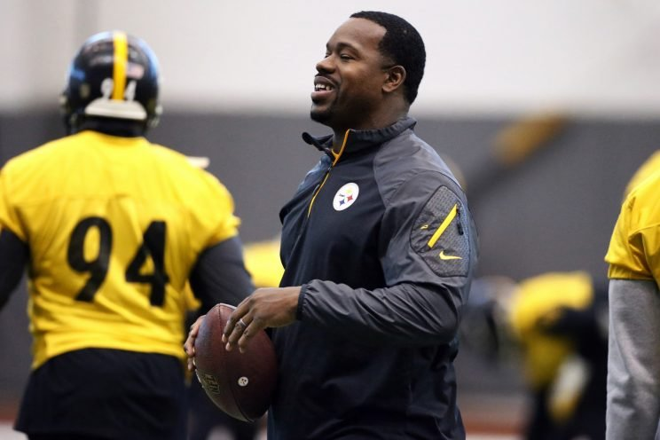 Steelers assistant coach Joey Porter was reportedly arrested Sunday night. (AP)