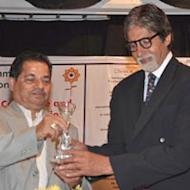 Amitabh Bachchan Honoured By Mumbai University