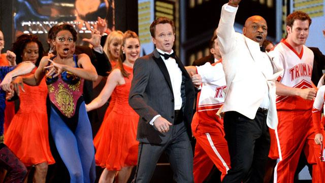 2013 Tonys: NPH Dazzles, Lauper Wins for Debut