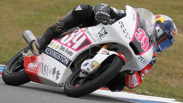 Moto3: Salom wins in Aragon, disaster for Vinales