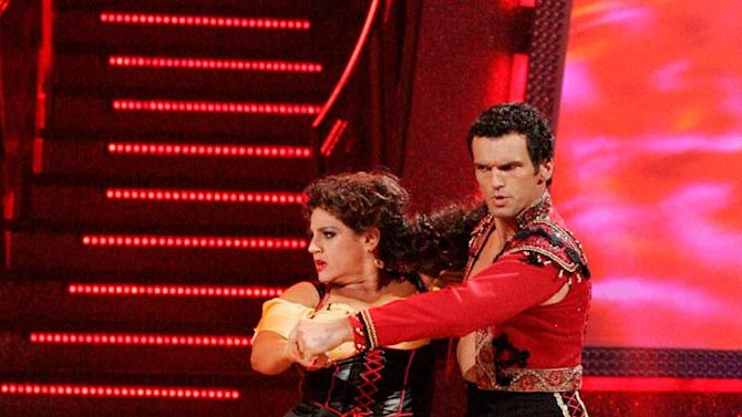 Marissa Jaret Winokur and Tony Dovolani perform a dance on the sixth season of Dancing with the Stars.
