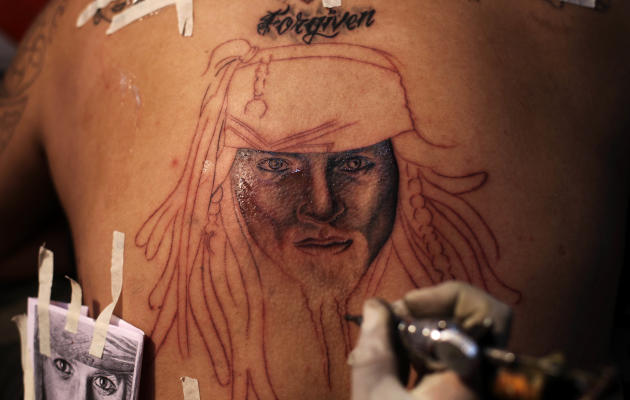 India 39 s 1st tattoo convention yahoo news india for Indian ink tattoo