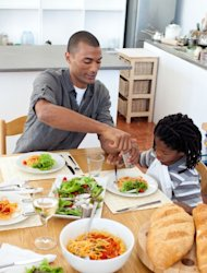 Working dads, like moms, crave more time with their kids: study