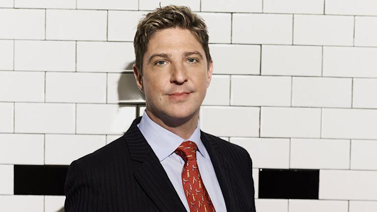 "Maitre d' James surprises the staff on the 9th season of ""Hell's Kitchen."""