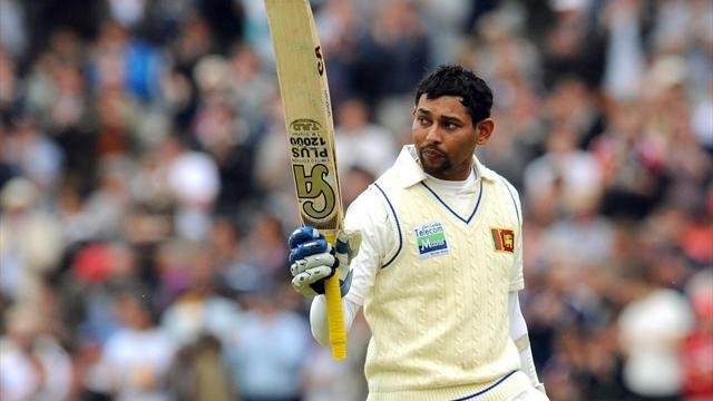 Cricket - Dilshan battles but Australia in control