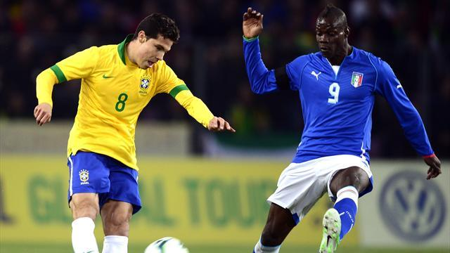 Confederations Cup - Hernanes to replace Paulinho in Brazil midfield